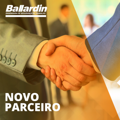 duas mãos sendo cumprimentadas para selar as novas parcerias